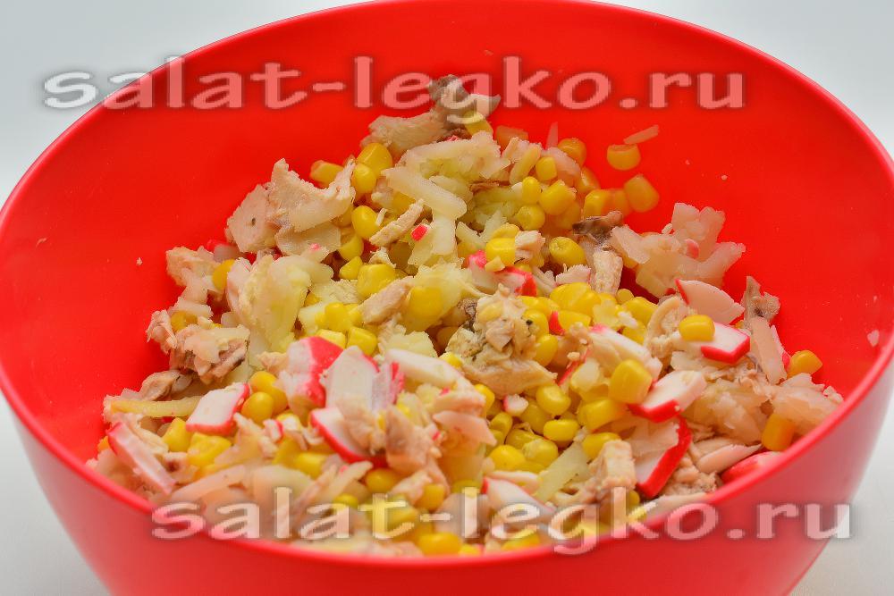 Салат с крабовыми палочками и кукурузой с картошкой рецепт с
