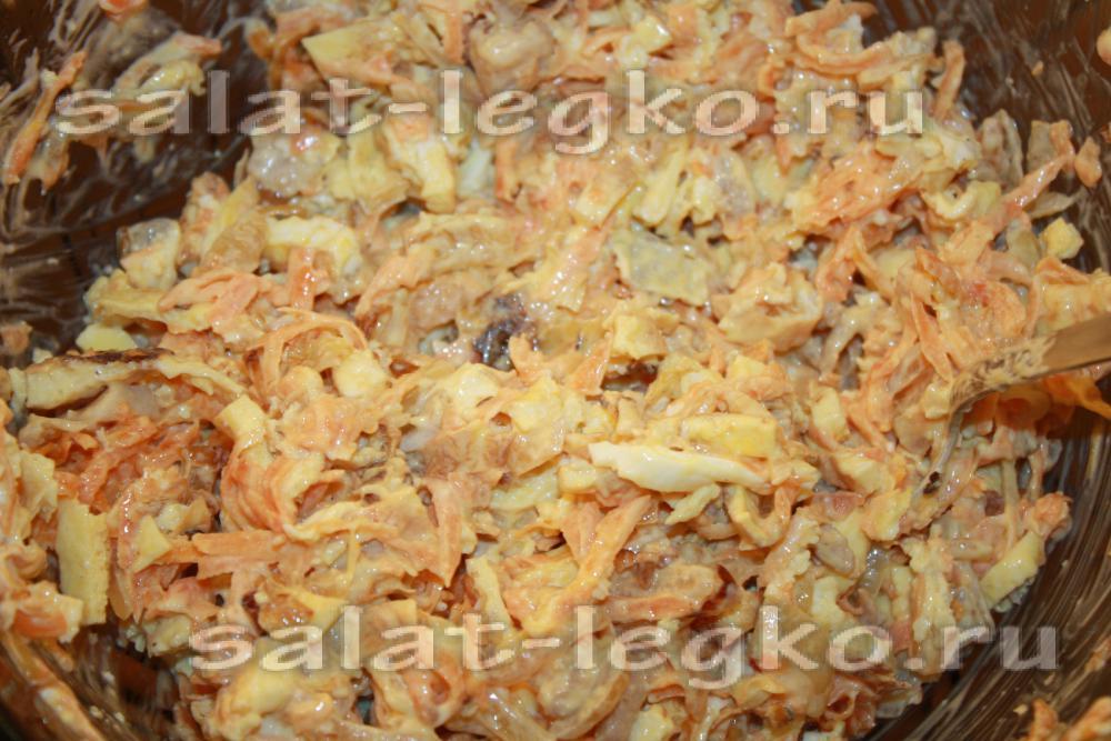 салат с яичными блинчиками рецепт и морковью и