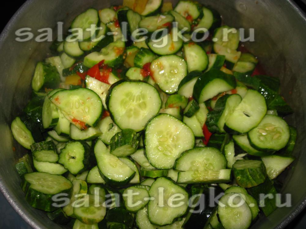 Салаты из помидоров огурцов и перца на зиму рецепты 171