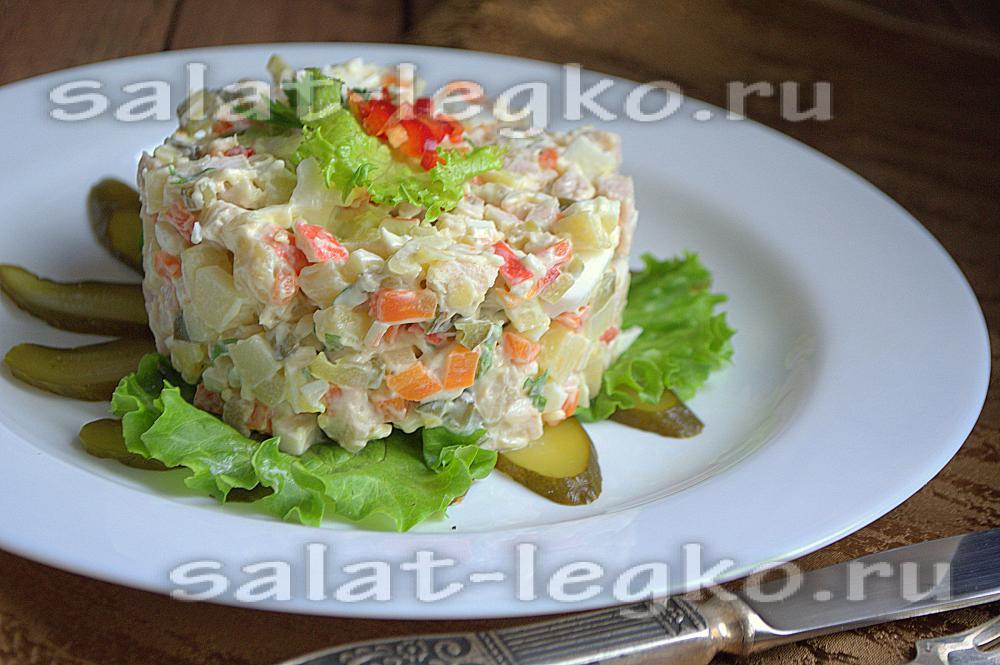салат консул рецепт с крабовыми палочками и помидорами и курицей