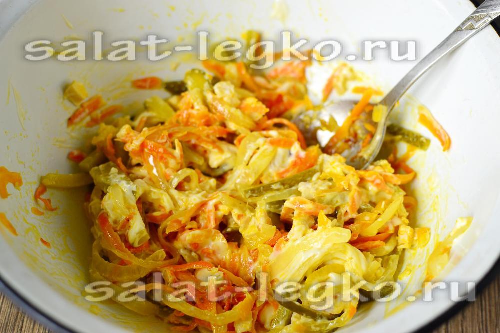 салат обжорка классический рецепт с фото с грибами