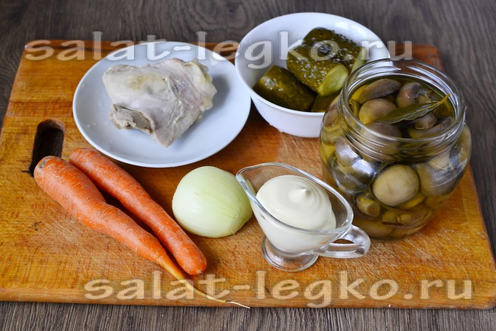 салат обжорка рецепт с курицей и грибами с фото