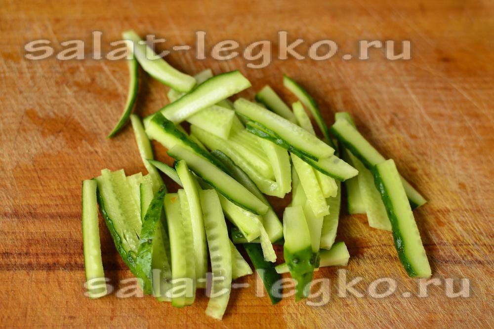 салат из фунчозы рецепт с огурцом и перцем