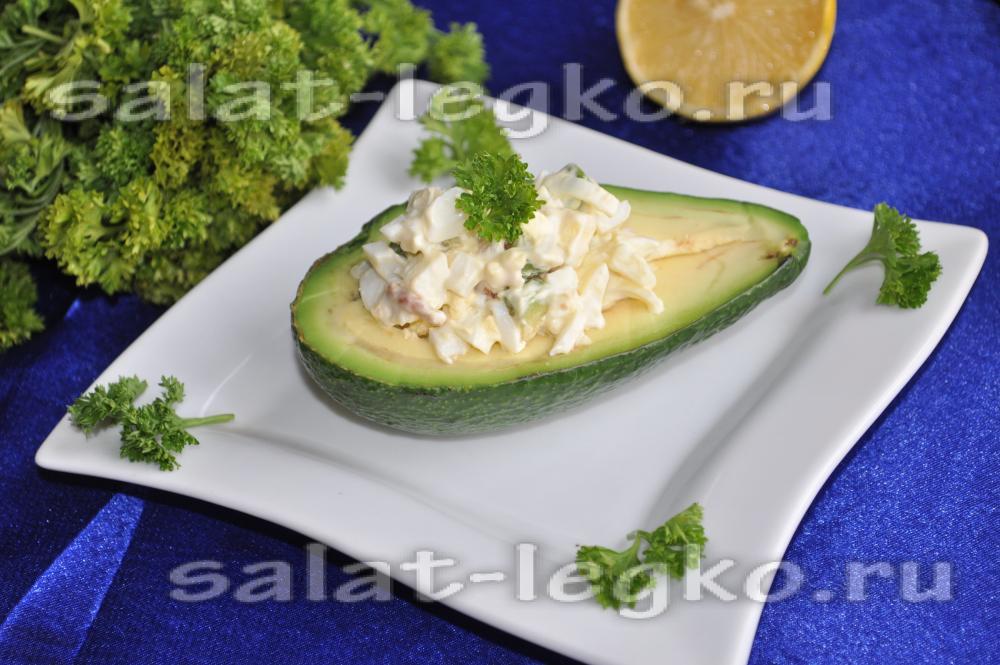Салат с грецким орехом и яблоком рецепт с фото