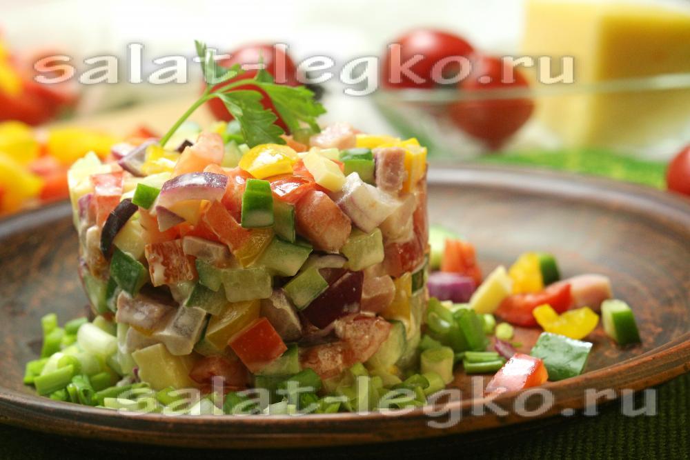 салаты с ветчиной и сыром и перцем рецепты