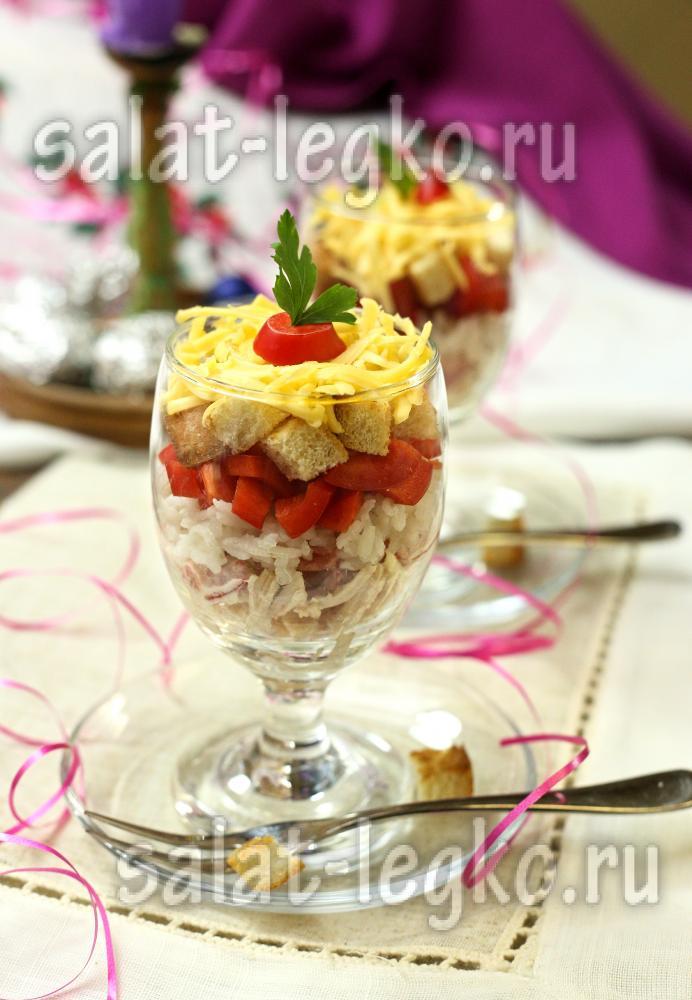салат слоями с яйцом и курицей рецепт