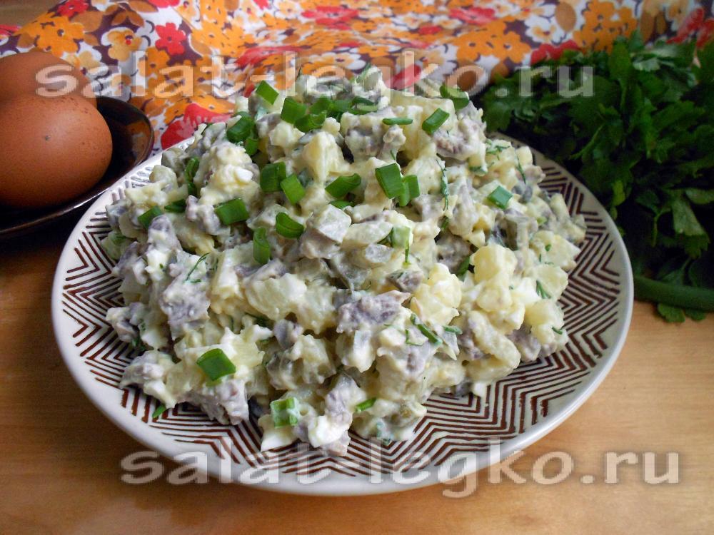 Новогодний салат с пупками