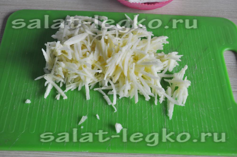 Салат шедевр с курицей изоражения