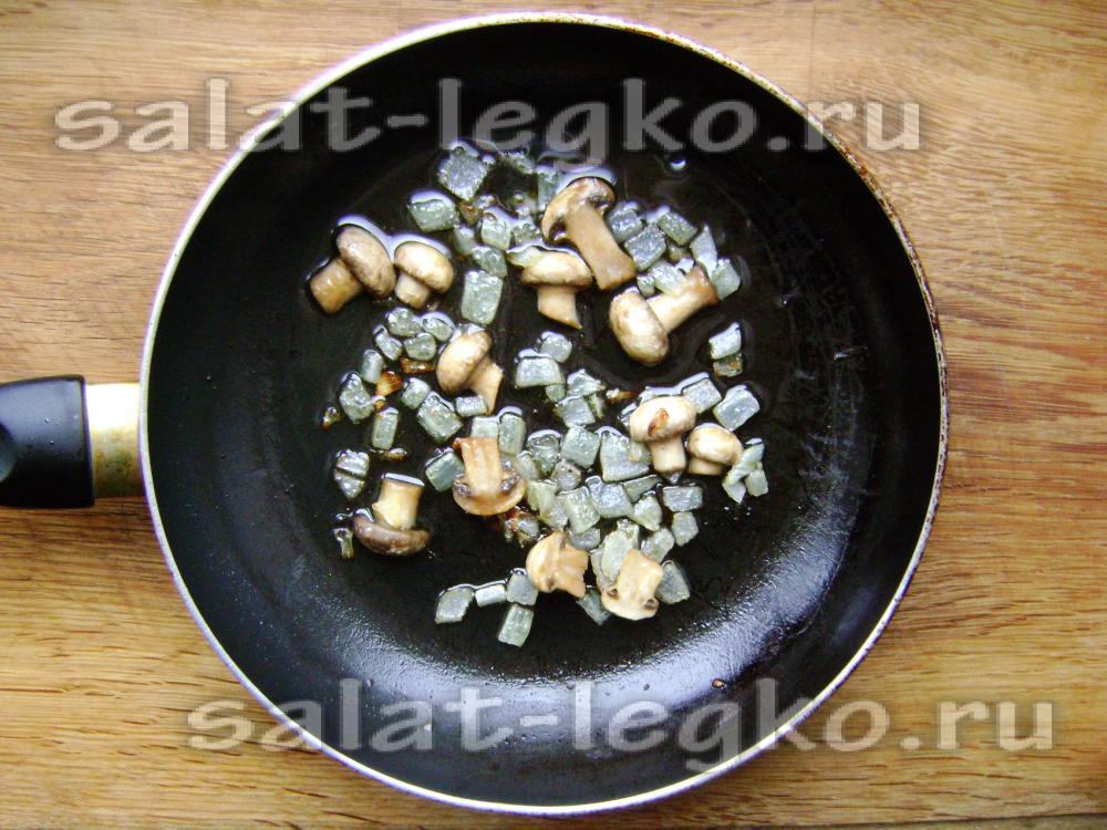 Салат из консервированных шампиньонов рецепт с фото очень