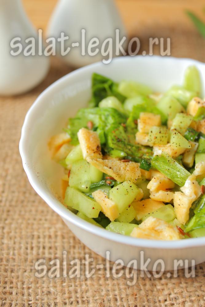 рецепт салата из курицы и омлета