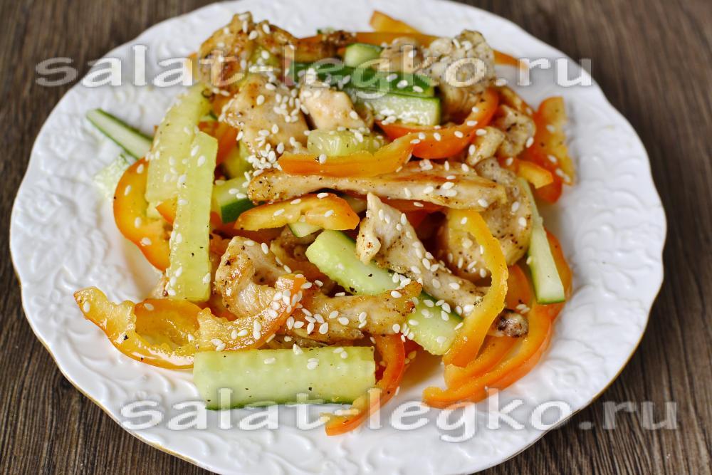 салат из курицы с маринованными огурцами рецепт с фото