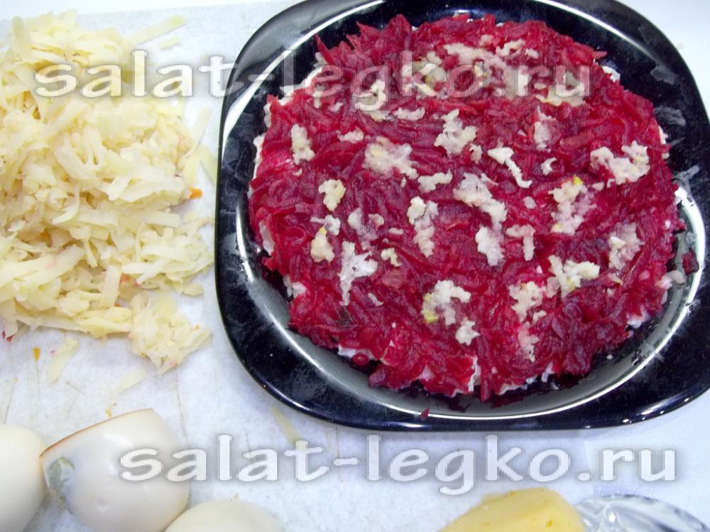 Салат шапка мономаха рецепт с курицей