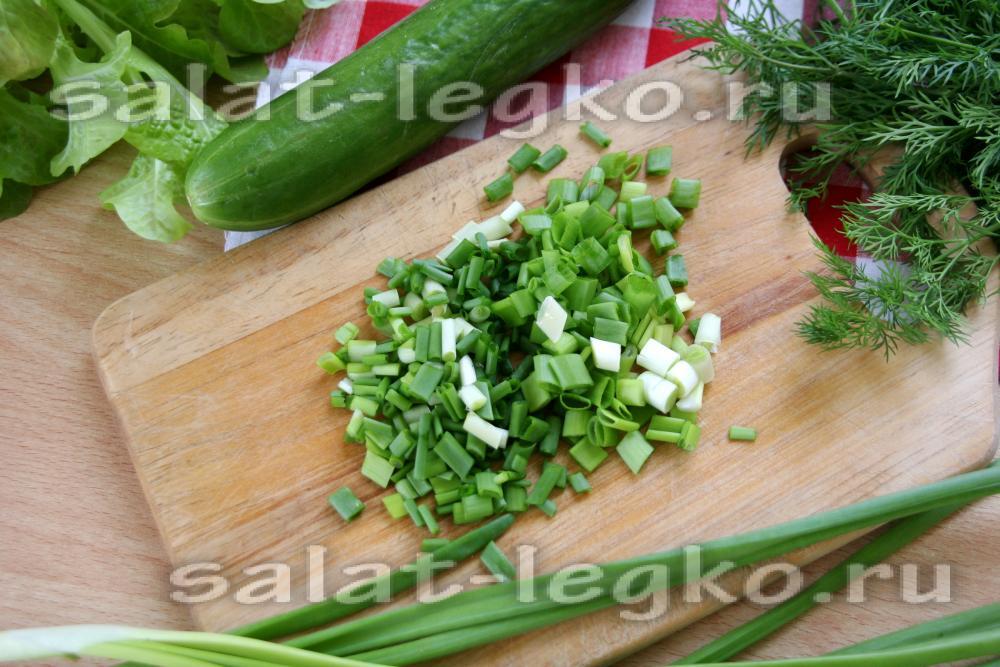салат из огурцов со сметаной рецепт с фото
