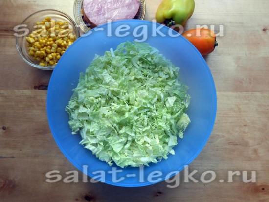 разрезать пекинскую капусту
