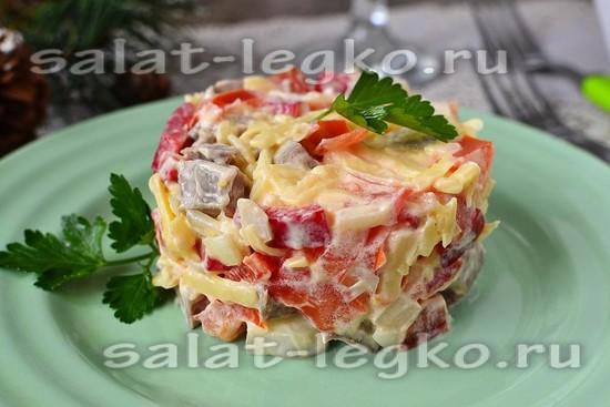 Салат из языка и болгарского перца