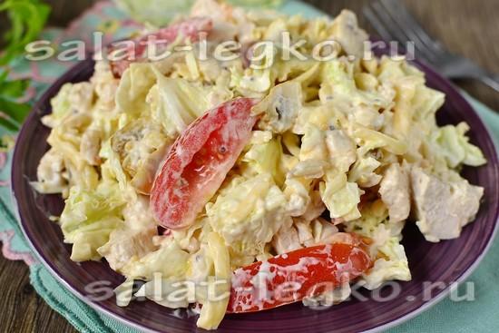 салат цезарь с курицей и шампиньонами рецепт