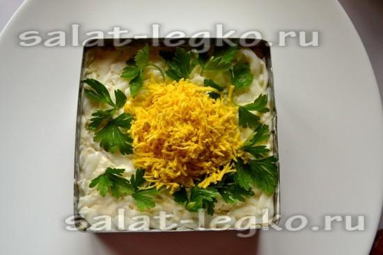 украсить салат мимоза со скумбрией