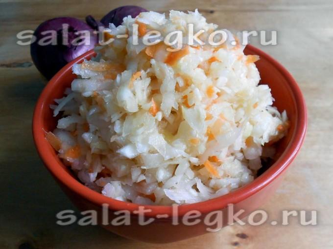 Салат из белой редьки с морковью