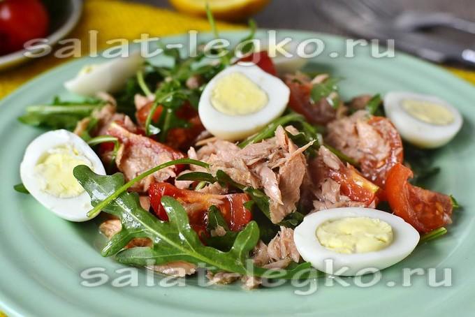 салат с тунцом консервированным рецепт и рукколой