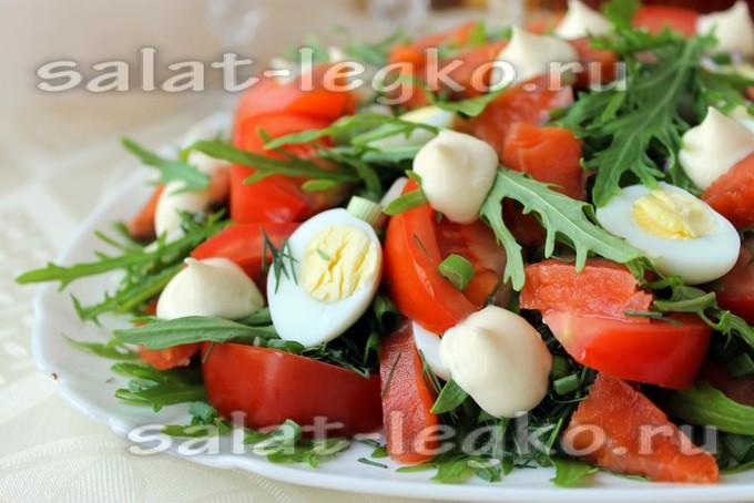 Салат с лососем и кукурузой