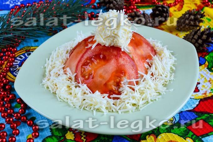Салат «Красная шапочка» с помидорами