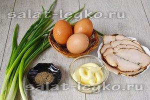 Ингредиенты для приготовления салата с яичными блинчиками