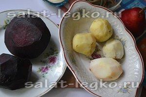 испеките свеклу и картофель
