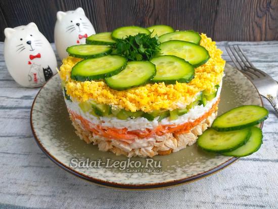 салат Бунито с корейской морковью