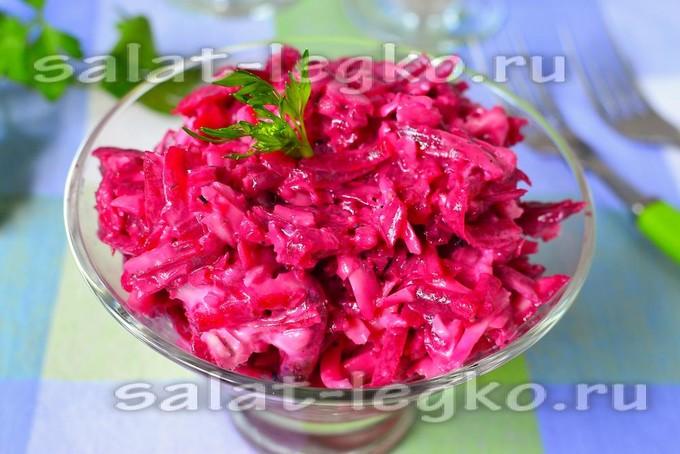 Острый салат из свеклы с сыром