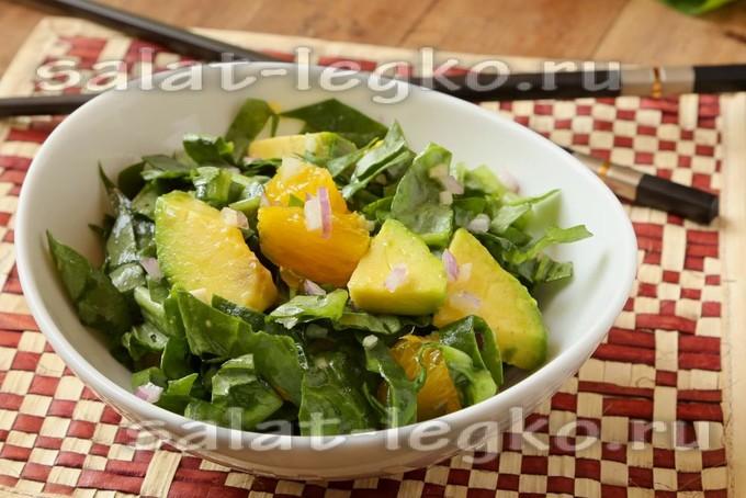 Салат с апельсином, авокадо и кунжутом: оригинальное сочетание рекомендации