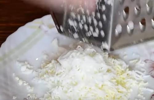 Салат с копченой курицей и грибами шампиньонами: рецепт с фото пошагово