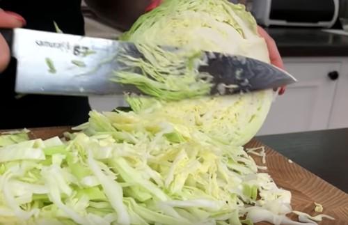 Салат из свежей капусты: рецепт с фото очень вкусный, пошагово