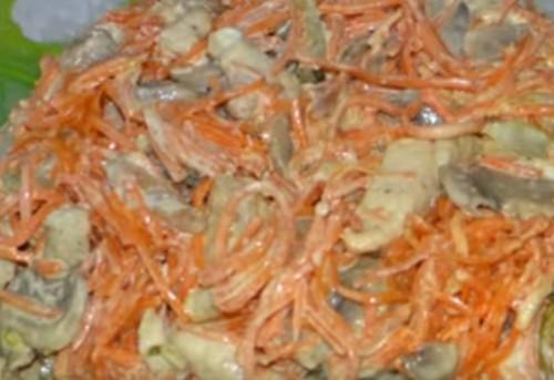 Салат Обжорка с курицей и солеными огурцами: рецепт с фото